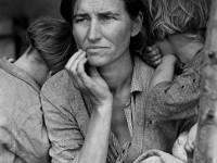 Porqué la sociedad no valora el trabajo de las madres?