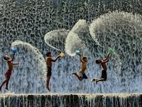 32 Mágicas Fotografías De Niños Jugando Alrededor Del Mundo